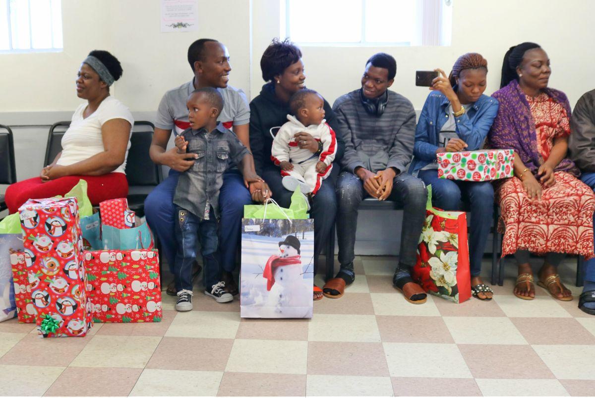Families watch Christmas concert